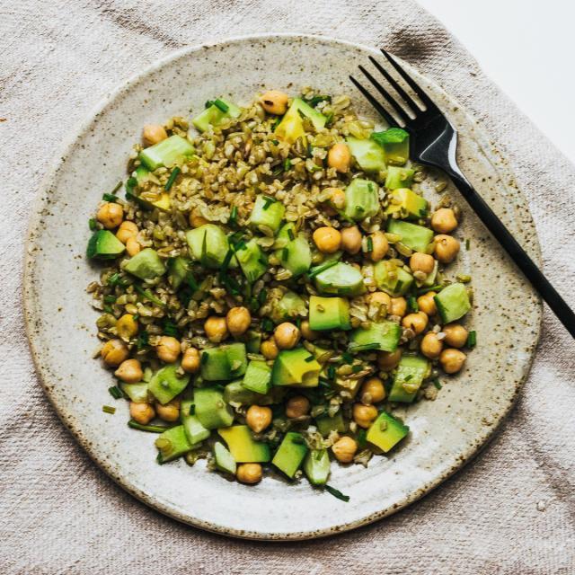 Rezept von Nigel Slater: Freekeh, Avocado, Schnittlauch