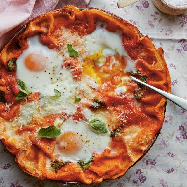 Rezept von Letitia Clark: Pane Frattau – Sardische Eier in Tomatensauce