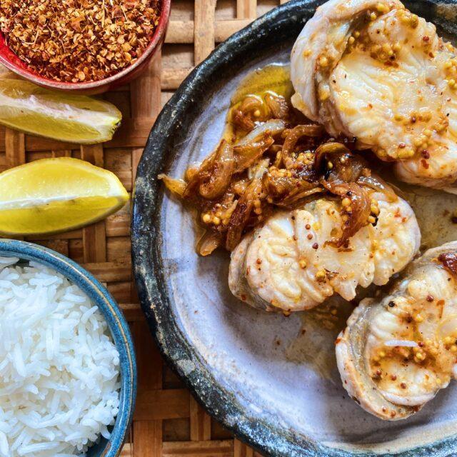 Rezept von Anissa Helou: Fisch-Yassa (Nigeria)
