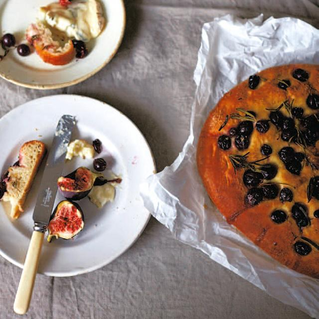 Rezept von Diana Henry: Toskanisches Traubenbrot